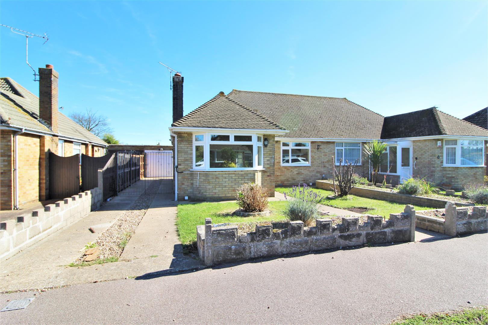 Buckfast Avenue, Kirby Cross, Essex, CO13 0PT